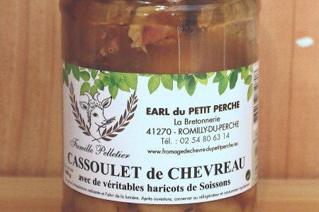Cassoulet de chevreau avec de véritables haricots de Soissons